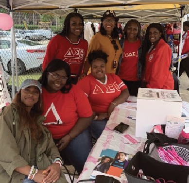 Delta Sigma Theta hosts breast cancer booth
