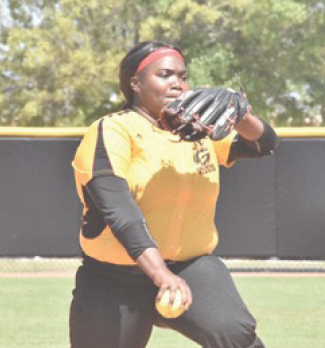 Softball off to best start since 2001 season