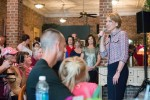 Vice presidential candidate Carly Fiorina visits local restaurant preceding Indiana primary
