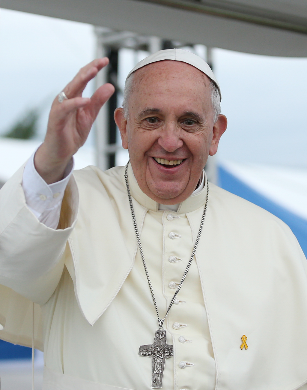 Pope Francis unapologetically shows support for gay marriage