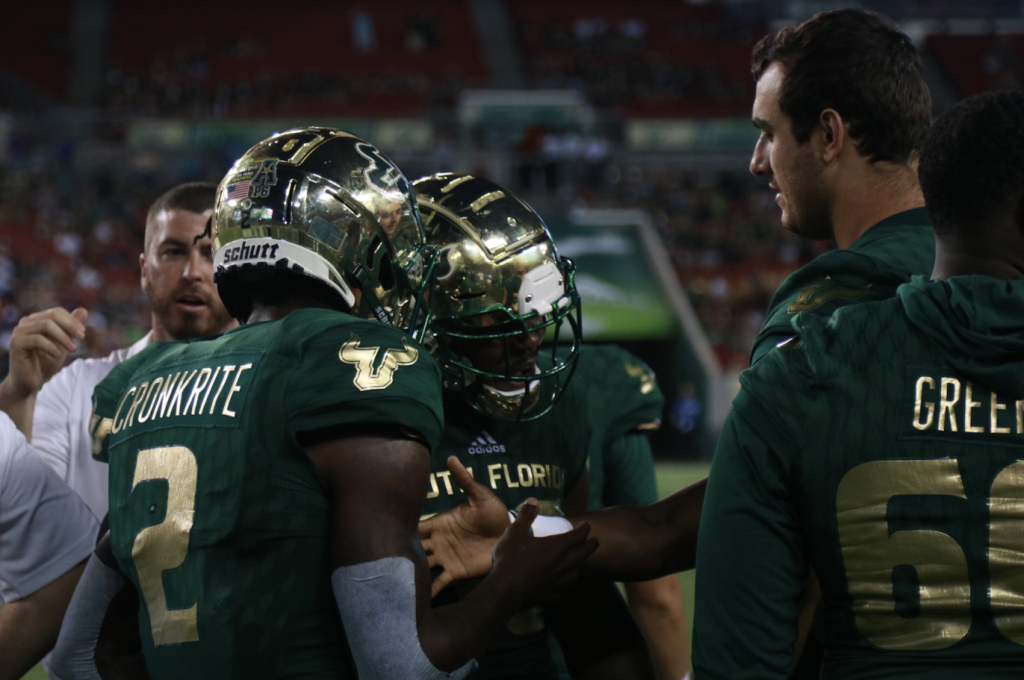 Cronkrite propels USF to a 20-13 win against ECU